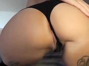 Девушка любит когда ее ебут в попку видео ролики